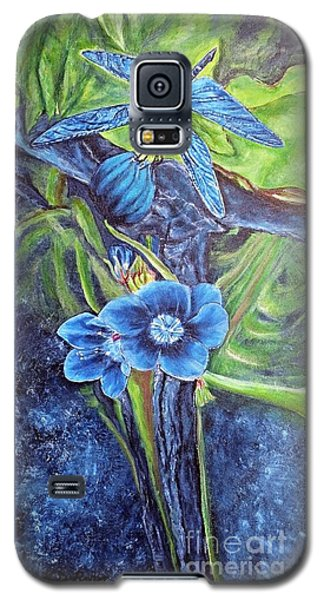 Dragonfly Hunt For Food In The Flowerhead Galaxy S5 Case by Kimberlee Baxter