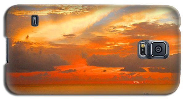 Dramatic Sunset Galaxy S5 Case by Mariarosa Rockefeller