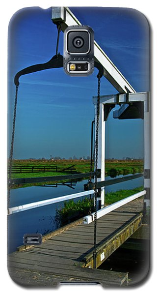 Galaxy S5 Case featuring the photograph Drawbridge At Zaanse Schans by Jonah  Anderson