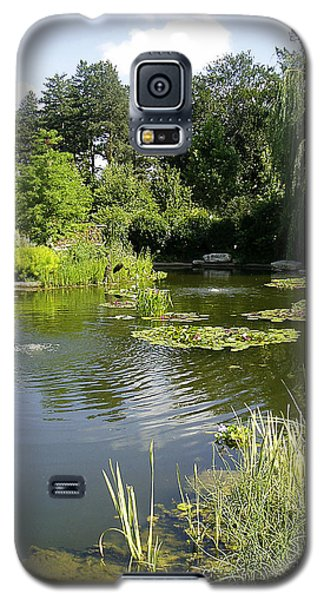 Galaxy S5 Case featuring the photograph Dreamy Pond by Verana Stark