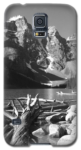 Driftwood - Black And White Galaxy S5 Case by Marcia Socolik