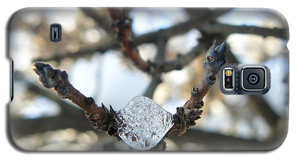 Galaxy S5 Case featuring the photograph Drop Of Ice by Jane Ford