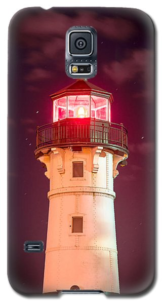 Galaxy S5 Case featuring the photograph Duluth North Breakwater Lighthouse by Mark David Zahn
