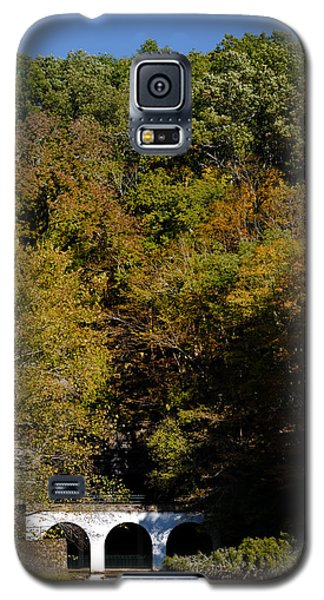 Dunbar Cave And Swan Lake Galaxy S5 Case