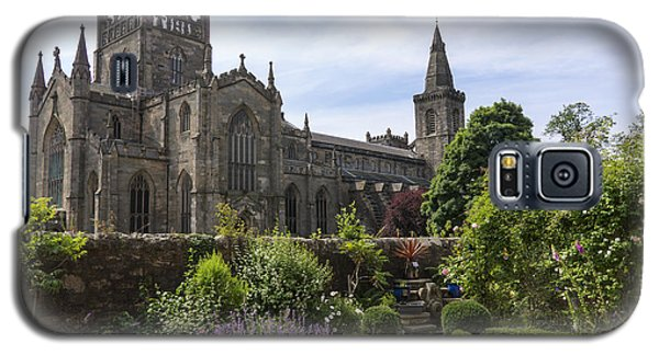 Dunfermline Abbey From The Abbot House Galaxy S5 Case by Ross G Strachan