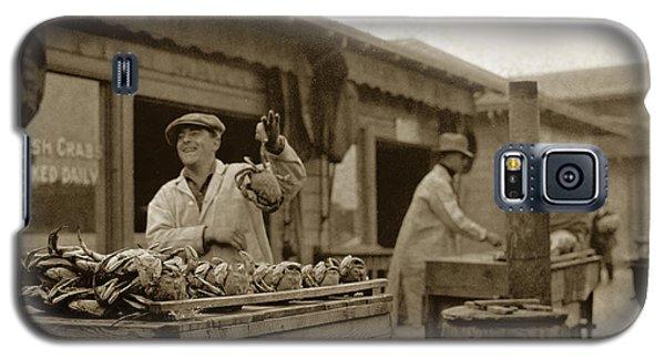 Dungeness Crabs At Fisherman's Wharf At San Francisco California. Circa 1935 Galaxy S5 Case