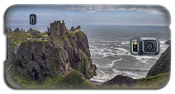 Dunnottar Castle And The Scotland Coast Galaxy S5 Case