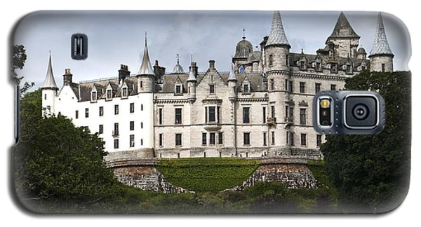 Galaxy S5 Case featuring the photograph Dunrobin Castle Golspie Scotland by Sally Ross