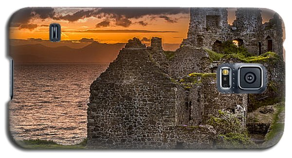 Dunure Castle Ayrshire Scotland Galaxy S5 Case