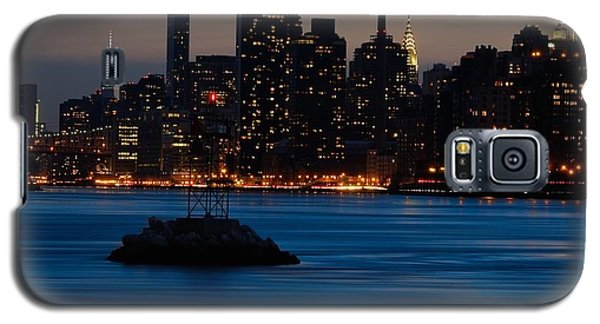 Dusky Nyc Skyline Galaxy S5 Case by Mark Garbowski