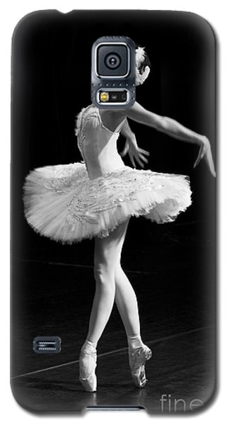 Dying Swan I. Galaxy S5 Case by Clare Bambers
