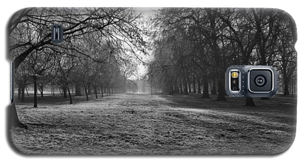 Early Morning In Hyde Park Galaxy S5 Case