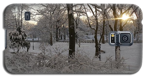 Galaxy S5 Case featuring the photograph Early Morning Sun In Central Park.  by Winifred Butler