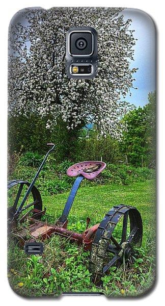 East Albany Mower Galaxy S5 Case by John Nielsen
