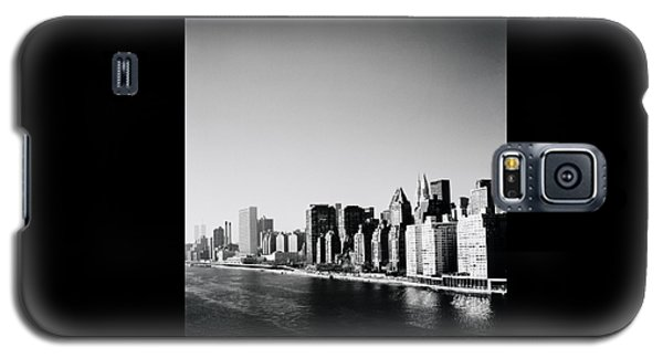 East River New York Galaxy S5 Case