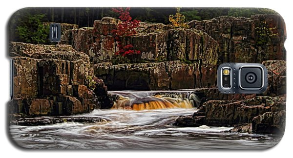 Waterfall Under Colored Leaves Galaxy S5 Case