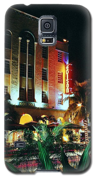 Galaxy S5 Case featuring the photograph Edison Hotel Film Image by Gary Dean Mercer Clark