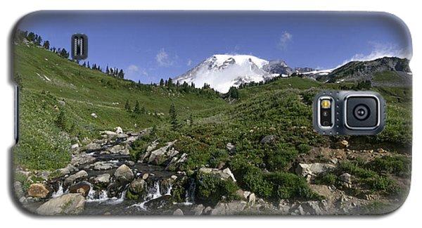 Edit Creek Basin Galaxy S5 Case