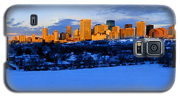 Edmonton Winter Skyline Panorama 1 Galaxy S5 Case