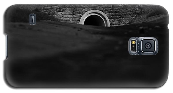 Eerie Tunnel Galaxy S5 Case