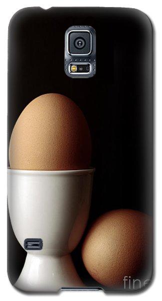 Eggs In Egg Cup Galaxy S5 Case by Craig B