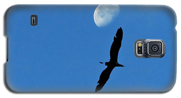Galaxy S5 Case featuring the photograph Egret Flight by Charlotte Schafer
