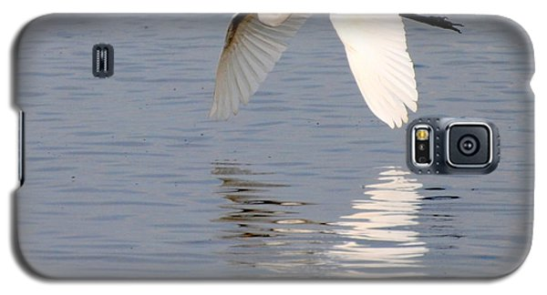 Egret Flying At Harkers Island Galaxy S5 Case