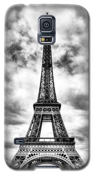Eiffel Tower In Paris 3 Bw Galaxy S5 Case
