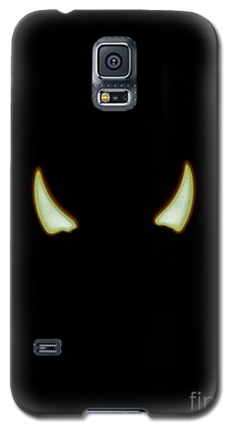 Galaxy S5 Case featuring the photograph El Diablo by Angela J Wright