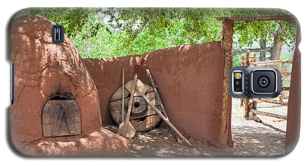 Galaxy S5 Case featuring the photograph El Rancho De Las Golondrinas by Roselynne Broussard