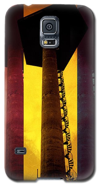 Galaxy S5 Case featuring the photograph Elastic Concrete Part Three by Sir Josef - Social Critic - ART