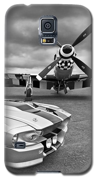 Eleanor Mustang With P51 Black And White Galaxy S5 Case by Gill Billington