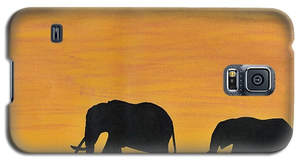 Elephants - At - Sunset Galaxy S5 Case by D Hackett