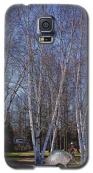 Galaxy S5 Case featuring the photograph elf by David Klaboe