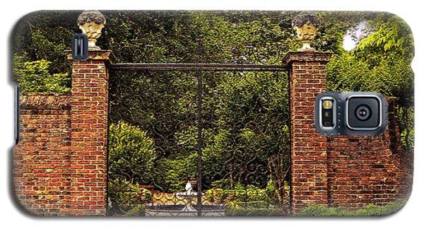 Elizabethan Gardens Galaxy S5 Case by Lydia Holly