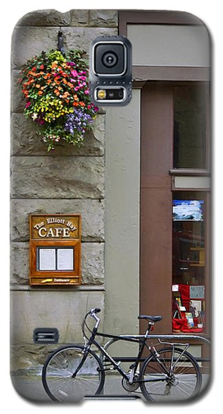 Galaxy S5 Case featuring the photograph Elliott Bay Cafe by Wayne Meyer