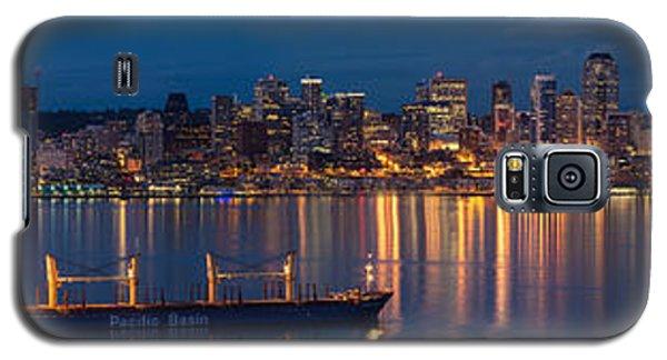 Elliott Bay Seattle Skyline Night Reflections  Galaxy S5 Case by Mike Reid