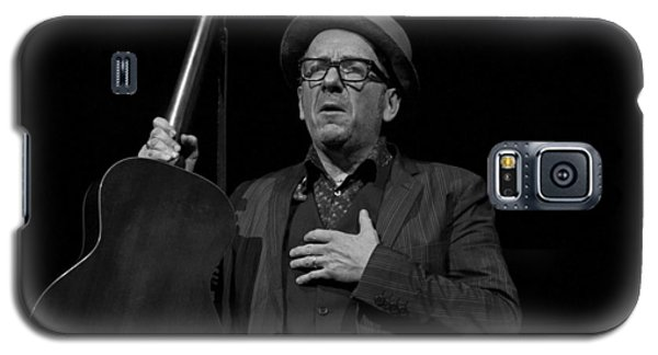 Galaxy S5 Case featuring the photograph Elvis Costello by Jeff Ross