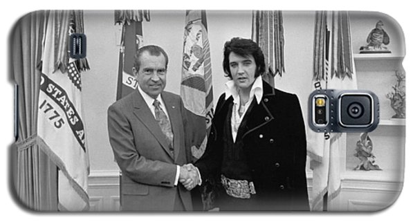Elvis Presley And Richard Nixon-featured In Men At Work Group Galaxy S5 Case