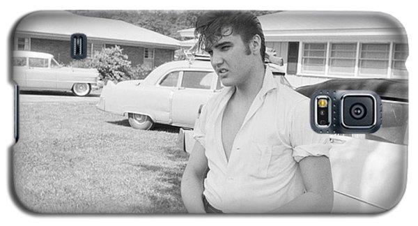 Audubon Galaxy S5 Case - Elvis Presley With His Cadillacs by The Harrington Collection