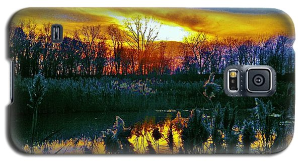 Galaxy S5 Case featuring the photograph Emagin Sunset by Daniel Thompson