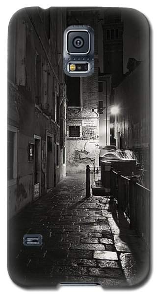 Galaxy S5 Case featuring the photograph Empire Of Light 2 by Marion Galt