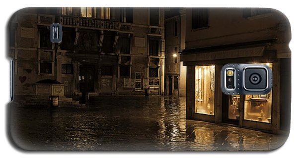 Galaxy S5 Case featuring the photograph Winter's Night In Venice by Marion Galt