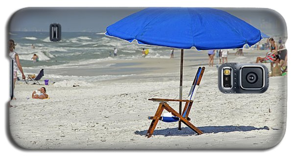 Galaxy S5 Case featuring the photograph Empty Beach Chair by Charles Beeler