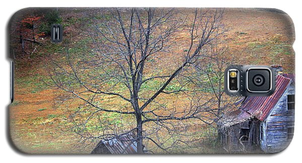 Galaxy S5 Case featuring the photograph Empty Nest by Faith Williams