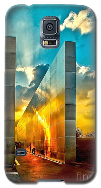 Empty Skies Sunset Galaxy S5 Case