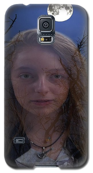 Galaxy S5 Case featuring the digital art Enchanted by Eric Kempson
