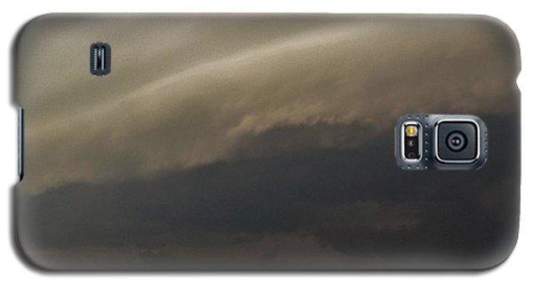 Galaxy S5 Case featuring the photograph Encroaching Shelf Cloud by Ed Sweeney