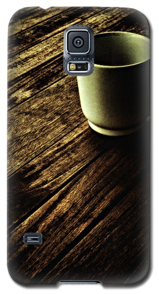 Galaxy S5 Case featuring the photograph End Of The Day ... by Chuck Caramella