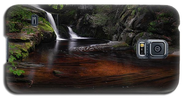 Galaxy S5 Case featuring the photograph Enders Falls Spring by Bill Wakeley